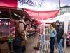 Marteniziverkäufer auf dem Markt